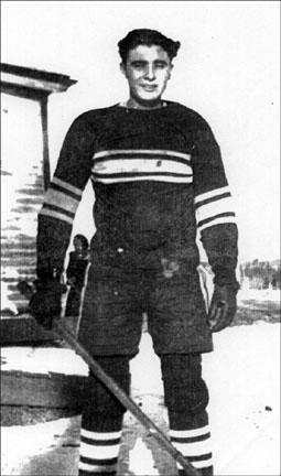 Sandy Julien 1946