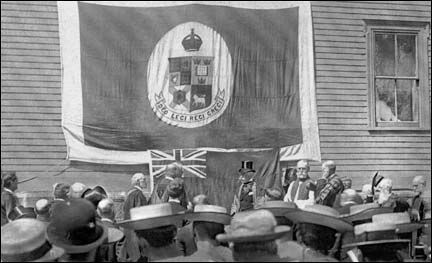 The Governor General, H.R.H. Duke of Connaught Unveiling Tablet, at King's College, Aug, 16 1912