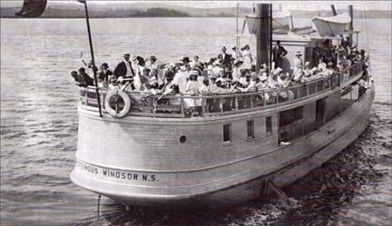 "Windsor's ""Rotundus"" Ferry 1912"