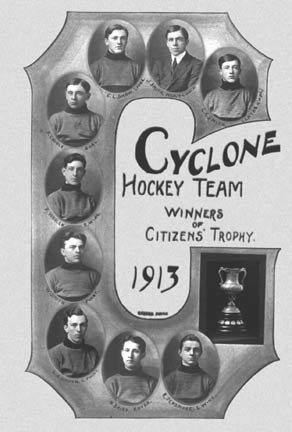 Photo image of the Cyclone Hockey Team 1913