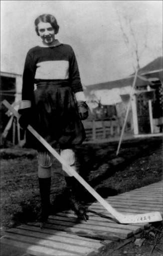 Ice Hockey Photo Kay Anslow 1929