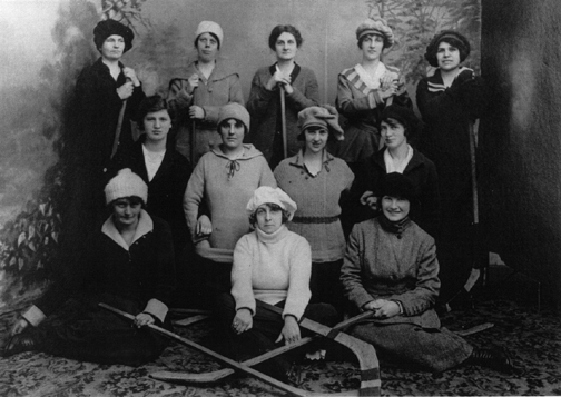 Grand Falls Newfoundland Women's Ice Hockey Team c. 1913